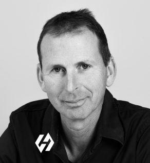 Tino van der Velden, Van der Heijden. Bouwen kan anders