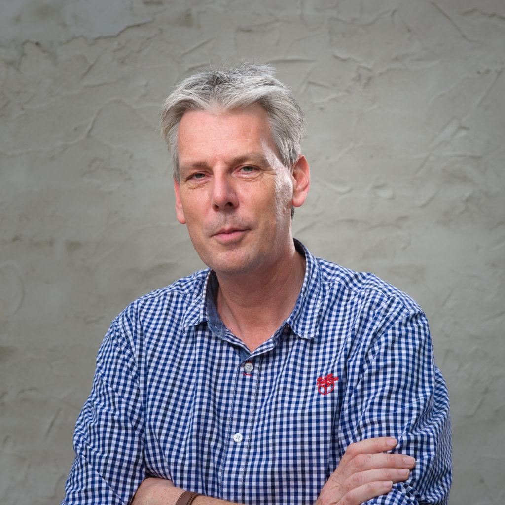 Walter Derks, Van der Heijden bouw en ontwikkeling